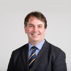 Dr Emil Djakic